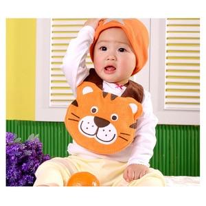 200 unids/lote lindo bebé Baberos para comer infantil de algodón para niños niñas alimentación babero impermeable Carter bebé Baberos al azar