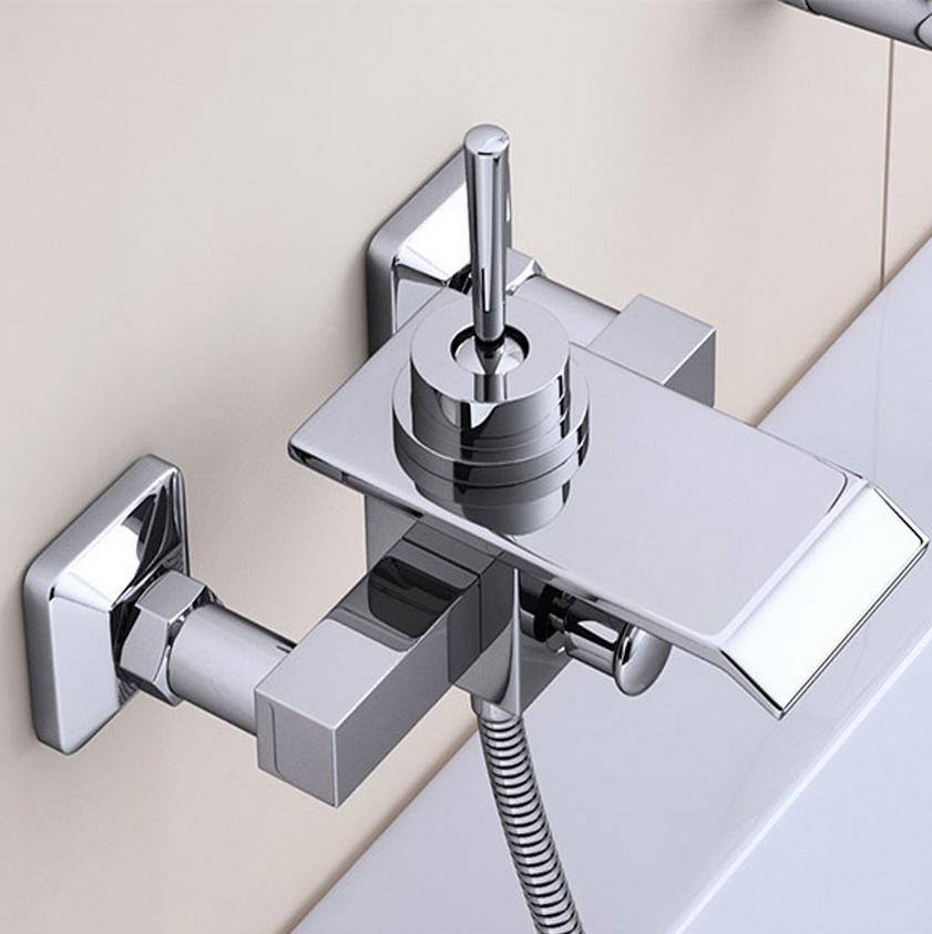 Ванная комната аксессуары высокий класс одной ручкой ванна с водопадом смеситель
