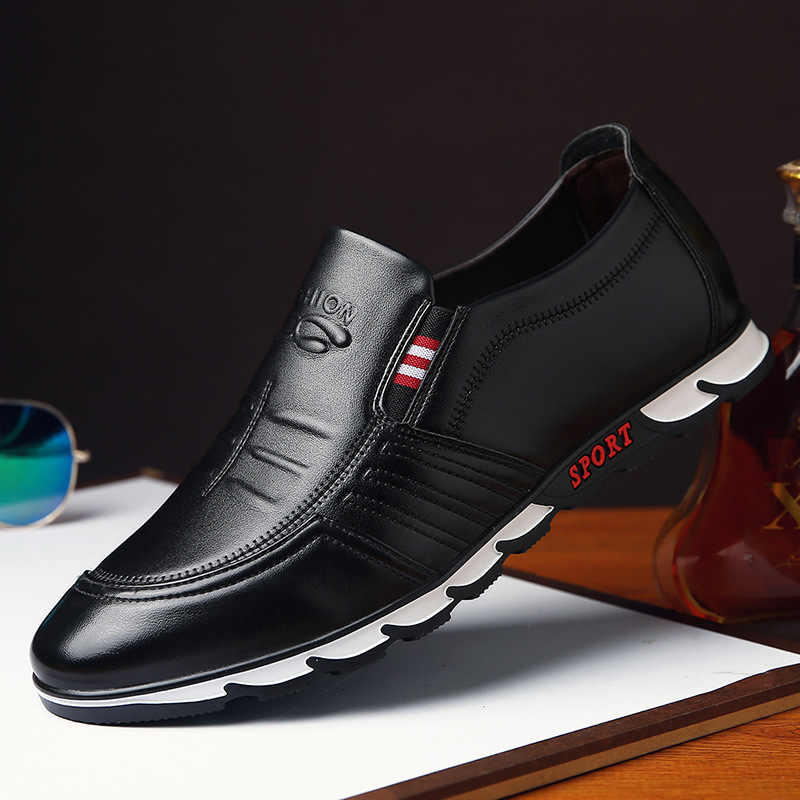 Designer Men Leather Shoes Men Casual Shoes High Quality Man Loafers Spring Summer Moccasins Fashion Male Shoes Black Footwear
