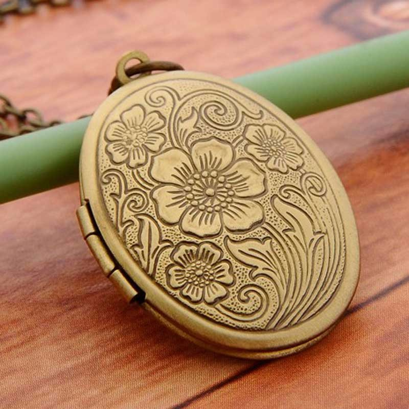 Vintage Bronze Tone Locket Picture Pendant Necklace Traumlandschaft Included Free Brass Chain Gifts Personalized