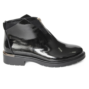 Image 3 - XAXBXC 2019 Retro British Winter Black PU Leather Zipper Brogues Short Ankle Boots Warm Women Boots Handmade Casual Lady Shoes
