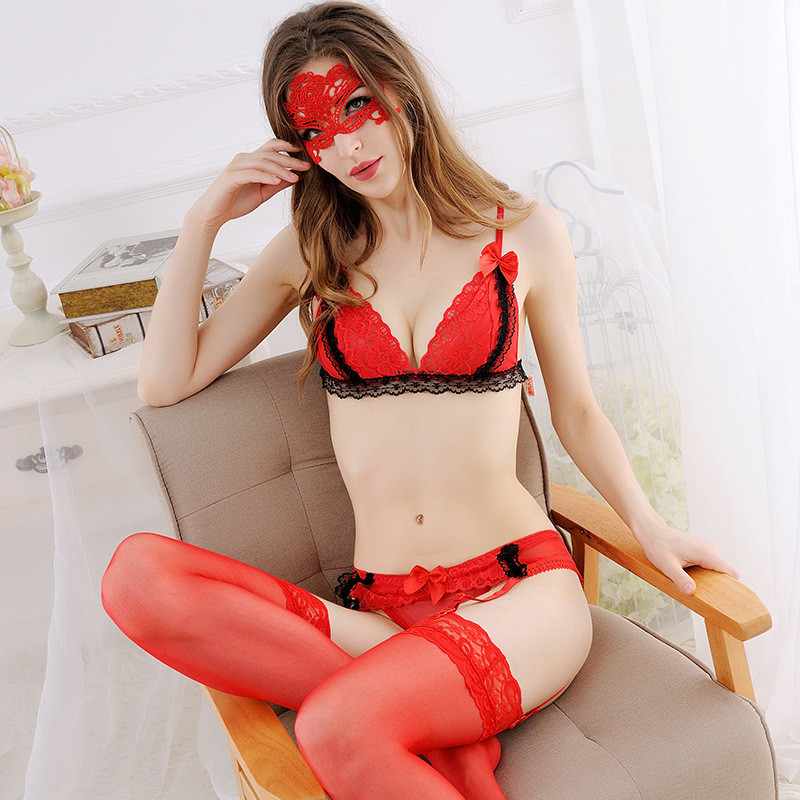 Sexy Lingerie Hot Sexy Lace   Bra     Set   4Pcs/  set   Sexy Transparent   Bra  +Garter Belt+Thong+Sexy Silicone Stockings Women's Underwear