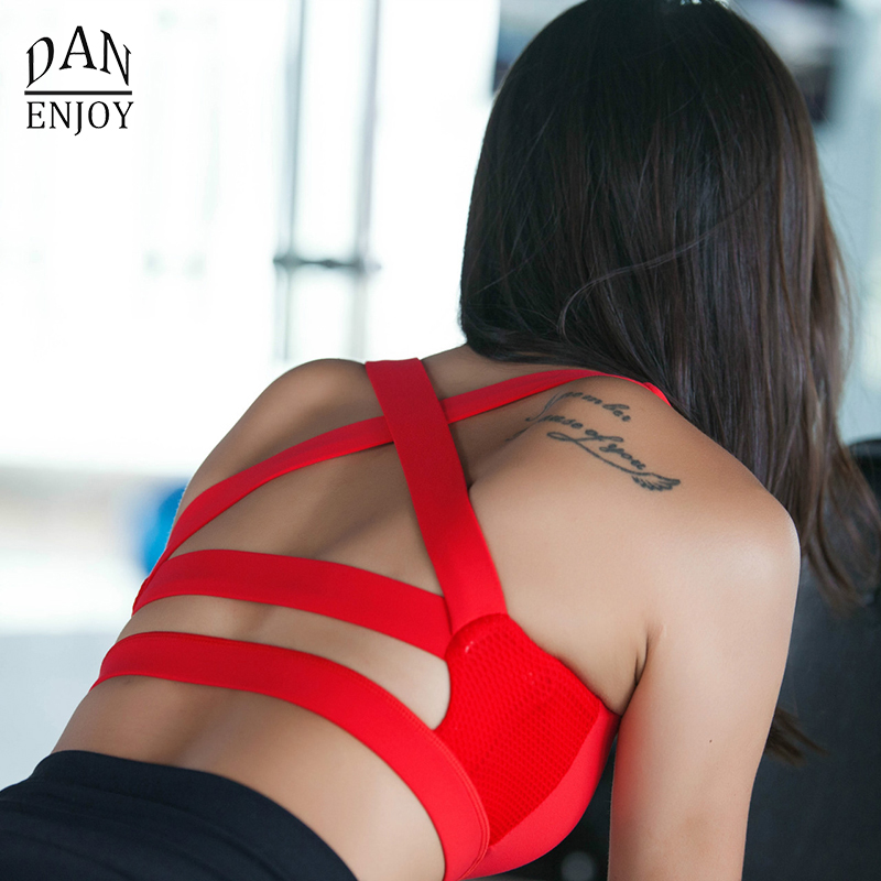DANENJOY Women Padded Sport Running Bra Top Shakeproof Gym font b Fitness b font Push Up