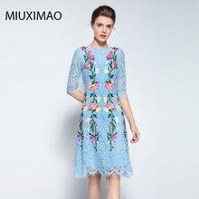 Famous brand Runaway 2018 Newest  Spring Fashion Slim Elegant Ebroidery Rose Flower Vintage Casual Blue Long Lace Dress Women