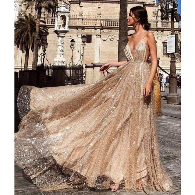 Sexy V-Neck Sparkly Long Prom Dresses 2019 Simple Spaghetti Strap Backless Sweep Train Formal Party Dresses Vestidos De Gala