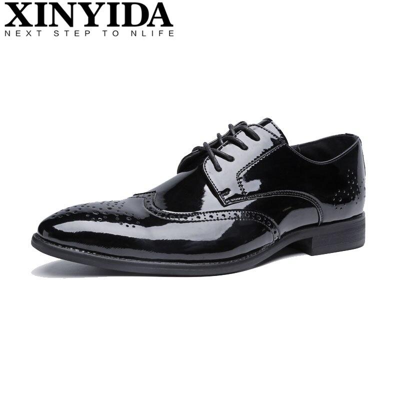Mode britannique bout pointu chaussures hommes décontractées hommes à lacets respirant chaussures en cuir résistant sculpter hommes chaussures habillées Size38-44