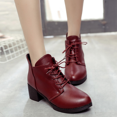 Short boots female autumn winter 2017 new European and American black Martin boots slope with lace small shoes high-heeled women