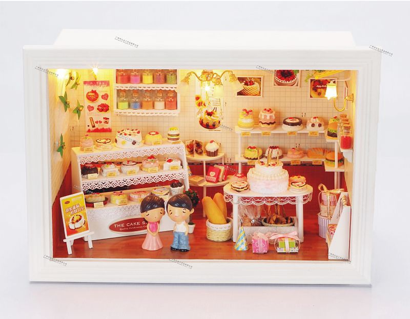 ФОТО Free shipping Diy Doll house birthday cake shop happiness prank kiss special handmade model dollhouse toy send dolls