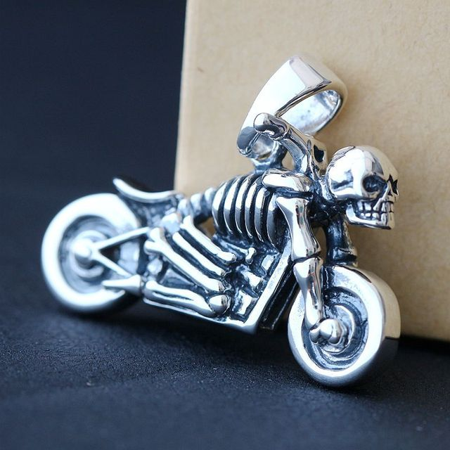 Ecoworld ge jewelry wholesale 925 sterling silver pendant retro ecoworld ge jewelry wholesale 925 sterling silver pendant retro skeleton mens silver pendant pendant silver chariot aloadofball Choice Image