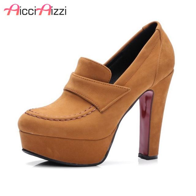 1540d6dc04 Tamanho 33-43 Senhoras Grossos Sapatos de Salto Alto Mulheres Saltos  Plataforma Tornozelo Moda Bombas