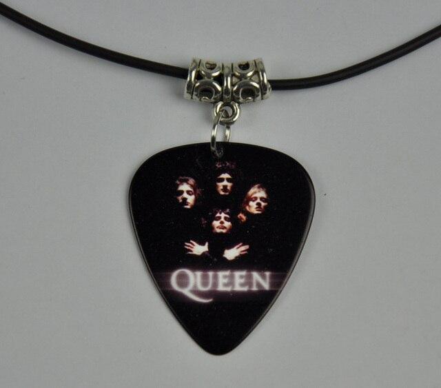 5pcs queen medium 071mm guitar pick necklace tibetan silver 5pcs queen medium 071mm guitar pick necklace tibetan silver pendant leather cord q aloadofball Choice Image