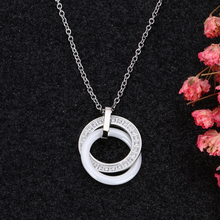 Double Circles Round Necklace