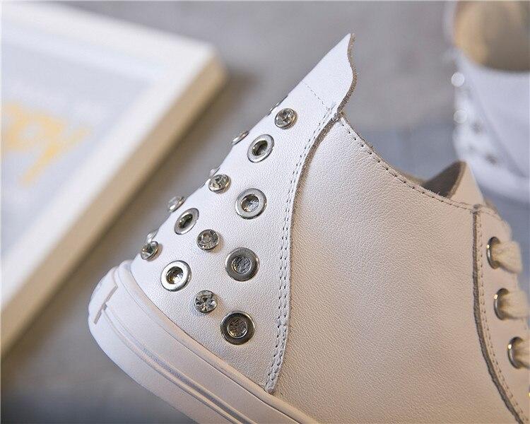 ماجي ووكر جديد وصول النساء حذاء كاجوال جلد طبيعي جلد الربيع أحذية منصة عالية أعلى أحذية مشي حجم 35  40-في أحذية مطاطية نسائية من أحذية على  مجموعة 3