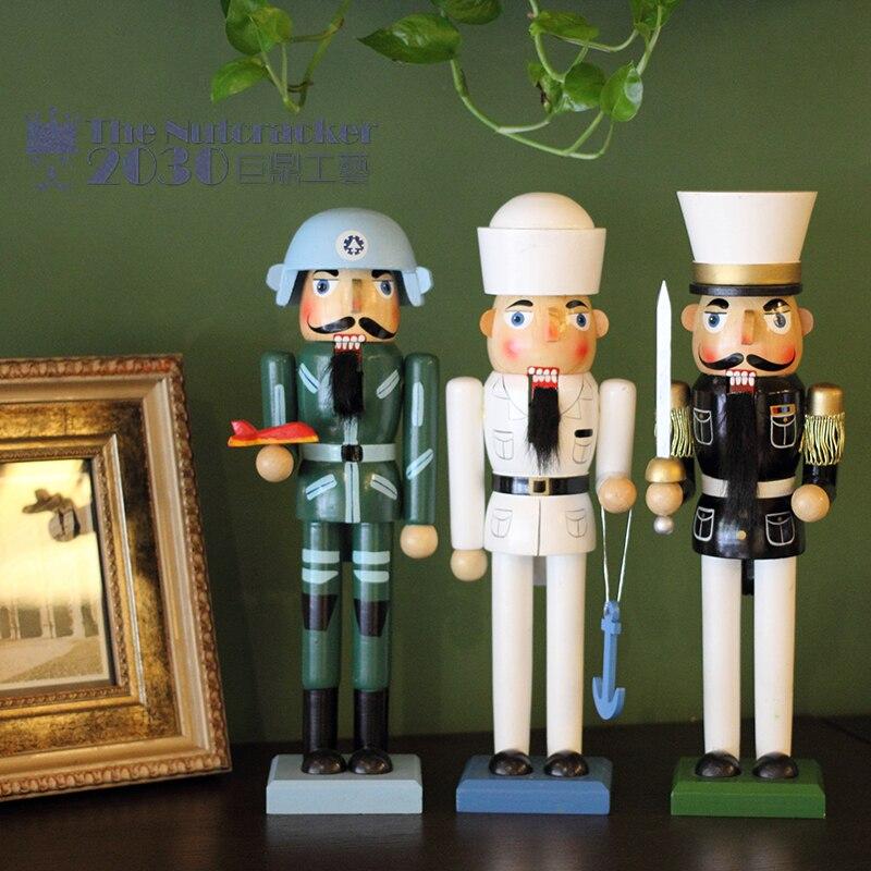 Neue 35 cm Hohe Weihnachten Urlaub Nussknacker Pilot Seemann Polizei Vintage Deutschen Holz Tisch Nussbaum Spielzeug Zakka Puppen