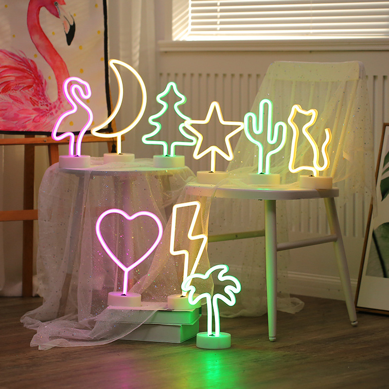 3D Desk Lamp Cartoon Pineapple/Flamingo/Cactus Modeling Table Novelty Night Light LED Lamp Home Office Holiday Decoration Gifts