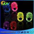 50 pçs/lote Miúdos Dos Desenhos Animados LED Piscando Luz Glowing Anéis de Dedo Figuras de Ação Brinquedos Engraçados do Dia Das Bruxas Natal Presentes para As Crianças