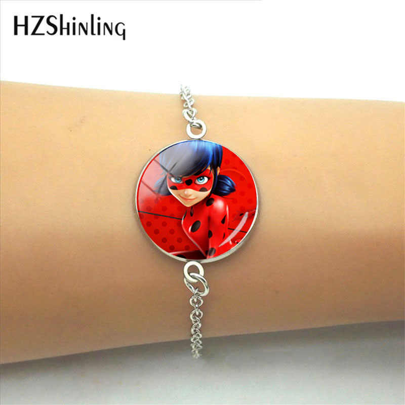 2019 New Cartoon Ladybug 20mm Round Photo Glass Cabochon Fashion Picture Bracelet Jewelry Elegant Charming Style Gift For Women