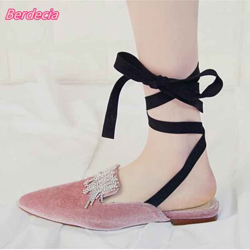 ФОТО Ankle Strap Mules Women Flats Rome Flock Rhinestones Gladiator Sandals Women Lace-up Pointed Toe Crystal Women Leisure Mules