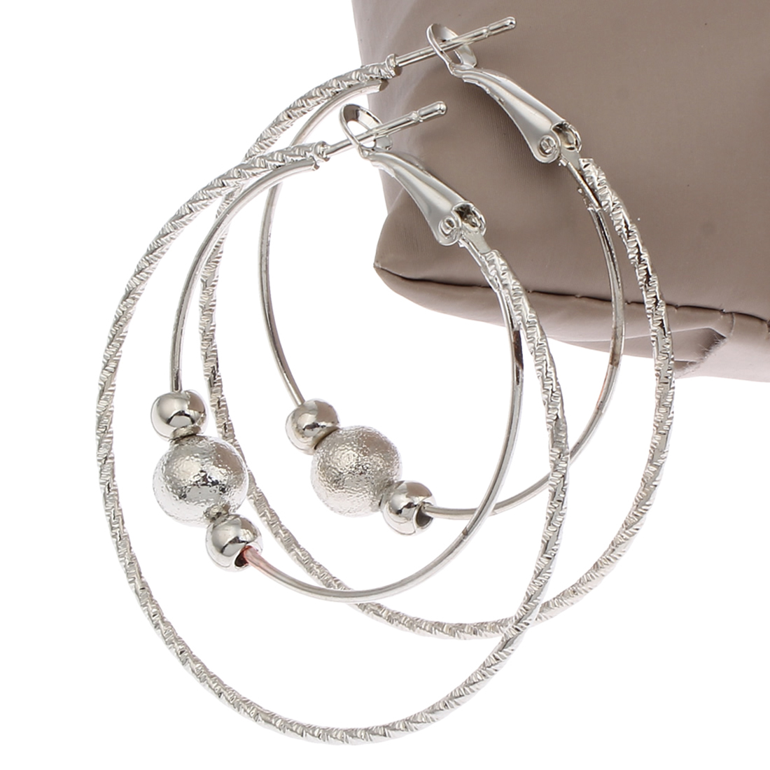 2017 New Arrival jewelry silver hoop earrings hot sale fashion women Beaded basketball Loop big huge round hoop earrings