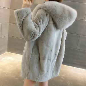 Image 1 - 2019 Yeni Doğal Rex Tavşan Kürk Palto Kadınlar Boy Kapşonlu Kış Gerçek Kürk Ceketler Artı Boyutu