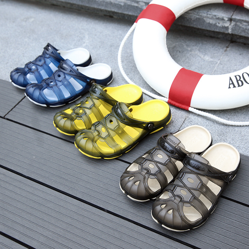 Men Beach Sandals 2018 New Breathable Classic Jelly Garden Shoes Summer Water Sandalias Man Slippers Casual Male Footwear