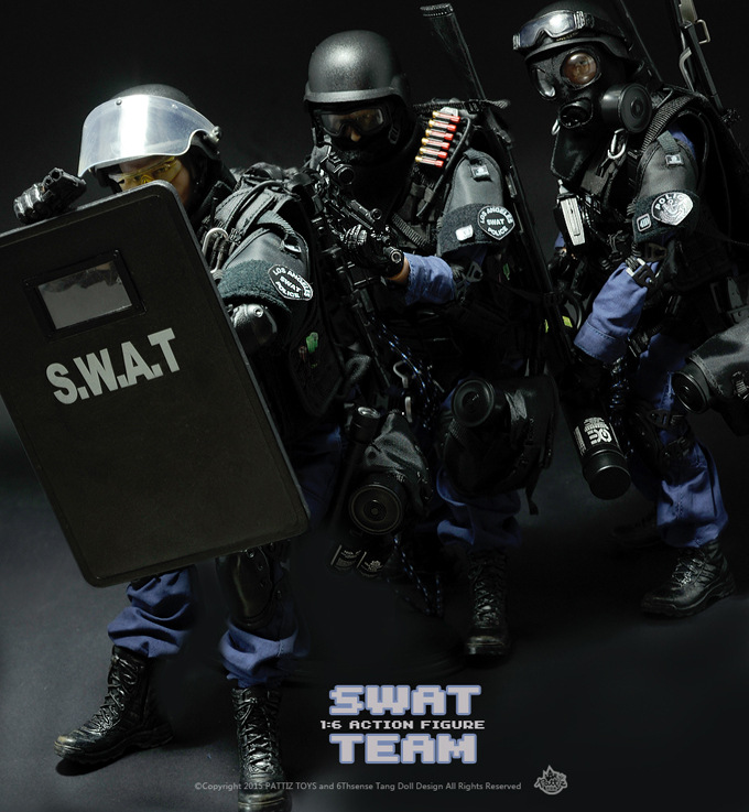 30cm 12 1/6 SWAT Team Uniform Military Army Combat Game Toys Soldier Set with Retail Box Action Figure hot Model toys For Gift 1 6 sovereign military knights of malta ancient medieval soldier action figure model collections