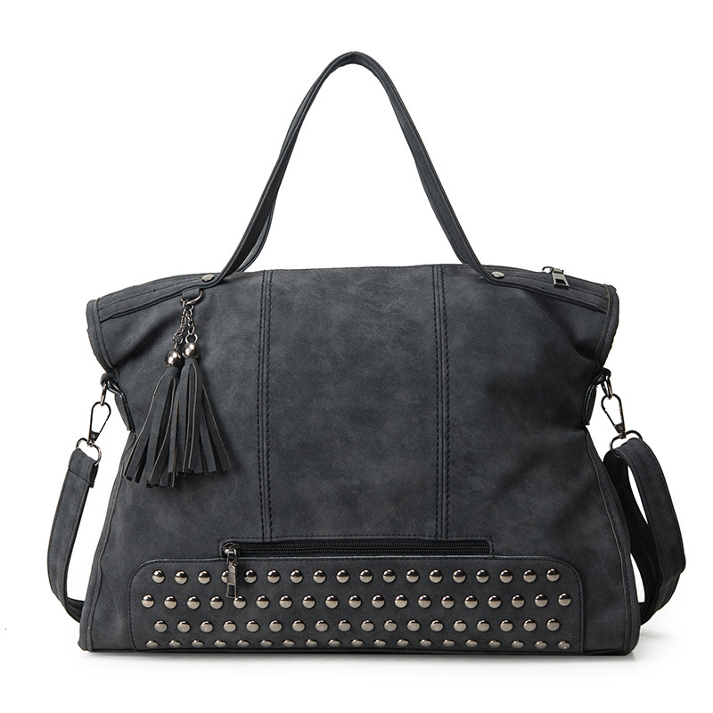 2018 Spring Large Capacity Rivet Bag Tassel Handbag Bolsas Vintage Women's Handbag Big Bag Nubuck Purse Messenger Bag for Women