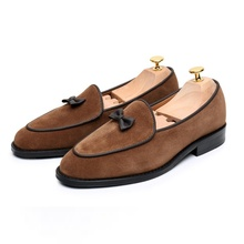 New Arrival Cow Suede Leather Loafers Men Vintage Loafer Shoes With Bowtie High Quality Mens Dress Fashion Prom