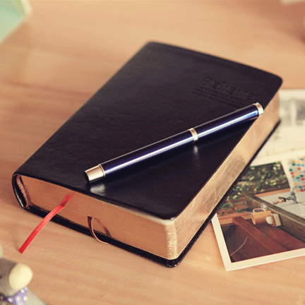 Korean stationery 240sheets 17*12cm (1inch=2.54cm) believe Bible in thick diary the faux leather cover notebook Notepad