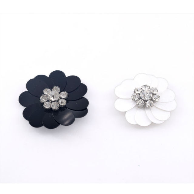 3CM DIY Handmade Black White Plastic Rhinestone Fabric Flowers Sew on Iron  on Decorations for Bride Dresses Garment Accessories 86659322094f
