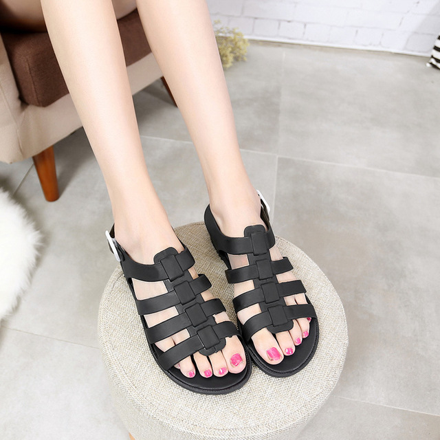 0718667043f4 2016 new Europe and the United States women s jelly plastic flat sandals  beach shoes