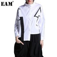 EAM 2018 New Spring Lapel Long Sleeve White Black Irregular Hem Big Size Letter Printed