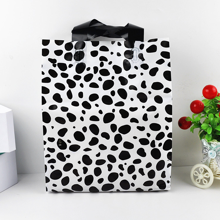 Cow Pattern Plastic Gift Bag Ping T Shirt Garment Wedding Favor Candy Craft Packaging Bags 100pcs Lot Free Shipping In Wring Supplies
