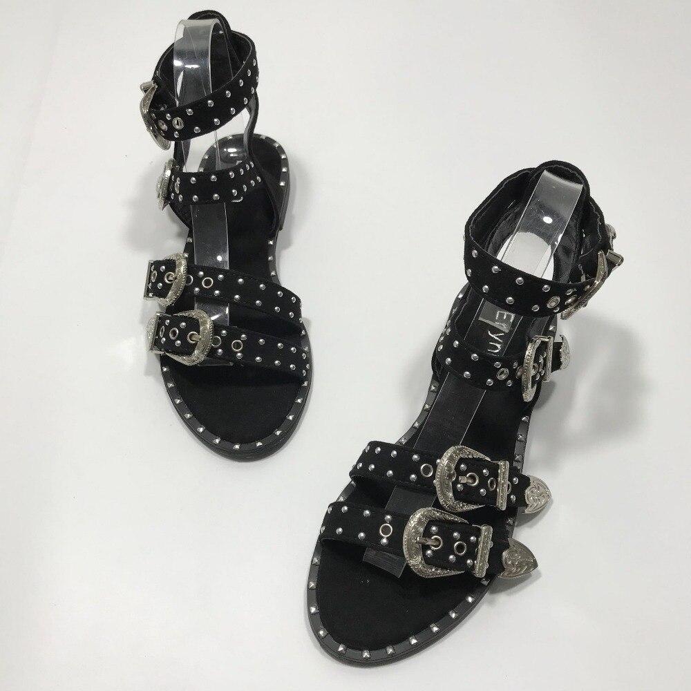 Summer Multiple Buckle Rivets Rivets Peep Toe Ankle Wrap Women Sandals Open Toe Metal Back Strap Flat Heels Lady Shoes 20190502