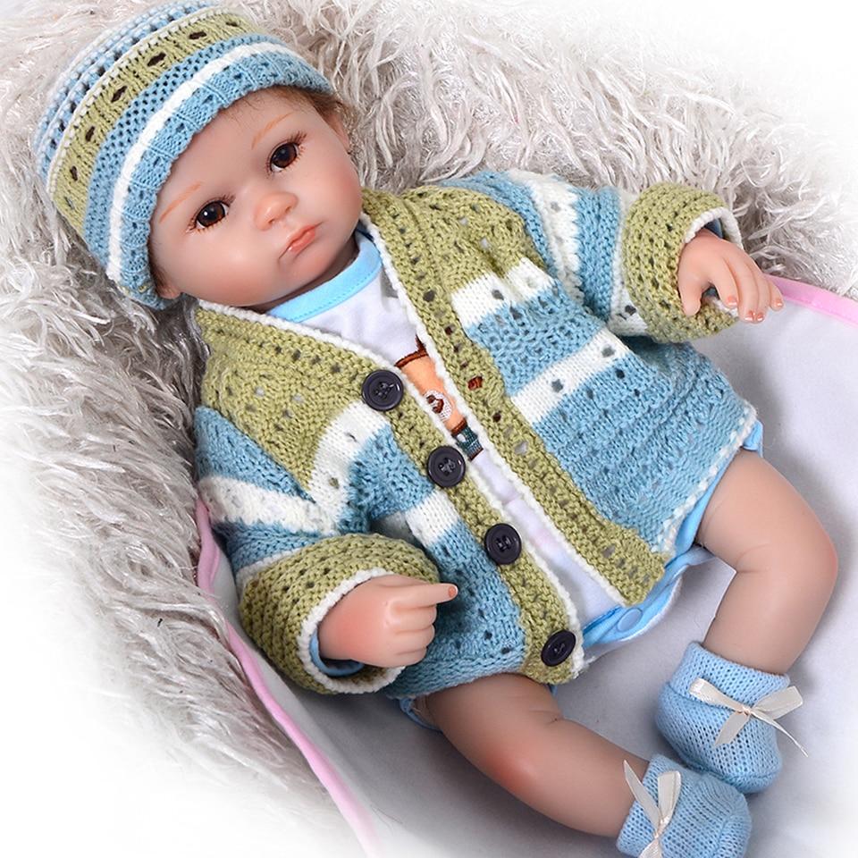 KEIUMI 43 cm Reborn Poupées Bébés 100% Main Réaliste Silicone Reborn Bébés Pour Garçon D'anniversaire Cadeau De Noël Avec Éléphant Oreiller