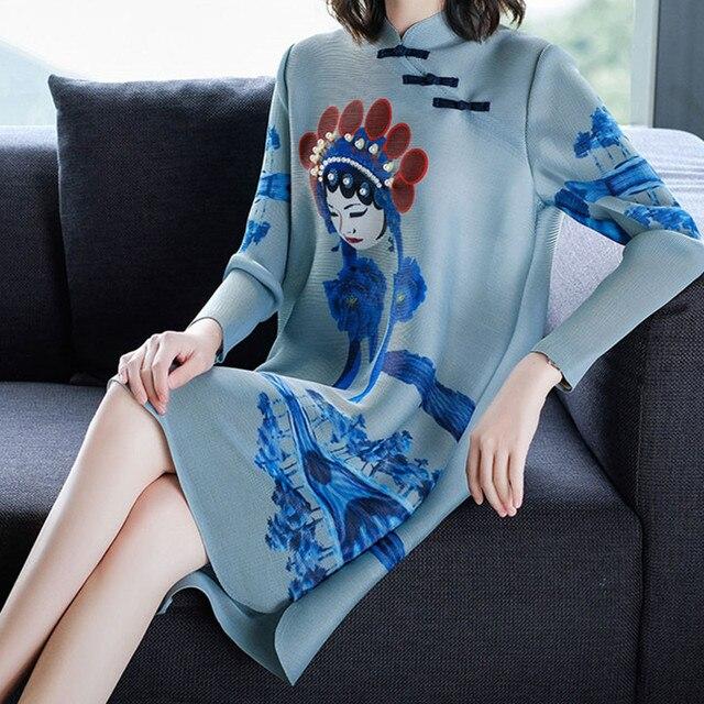 Tamanho grande das mulheres qipao melhorou cheongsam-estilo retro estilo Chinês ópera de Pequim impressão vestido plissado de alta qualidade