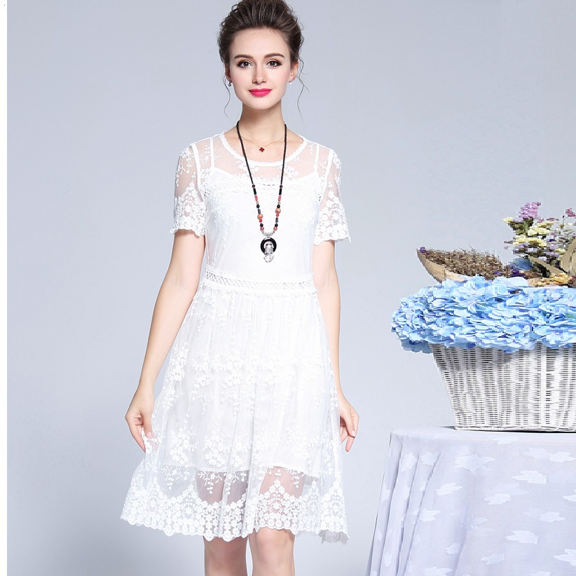 New 2018 Summer Ladies plus size elegant Lace Dress pinched waist ball gown dress beautiful party