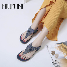 Casual Plus Size Rhinestone Rivet Flip Flops 2019 Womens Slippers Low Heel Waterproof platform Flats Shoes Sandals Beach