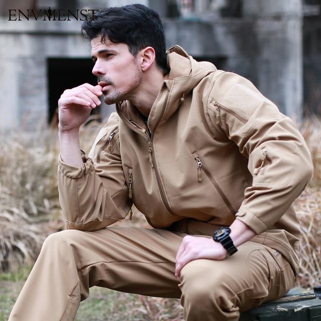 2017 New Shark Skin Softshell Military Tactical Jacket Men Waterproof Warm Coat Camouflage Hooded Camo Army Fleece Windbreaker