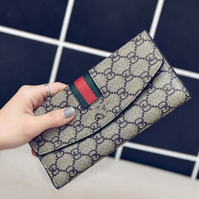 b870824a1204 2018 New Fashion style lady wallets long Women Wallet Card purses Mobile  card hand bag Coin packet Large bills pocket