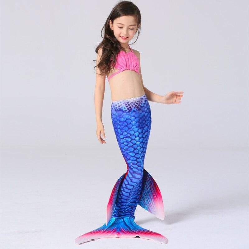 topless-girl-mermaid-costume-swinger-clubs-deutschland