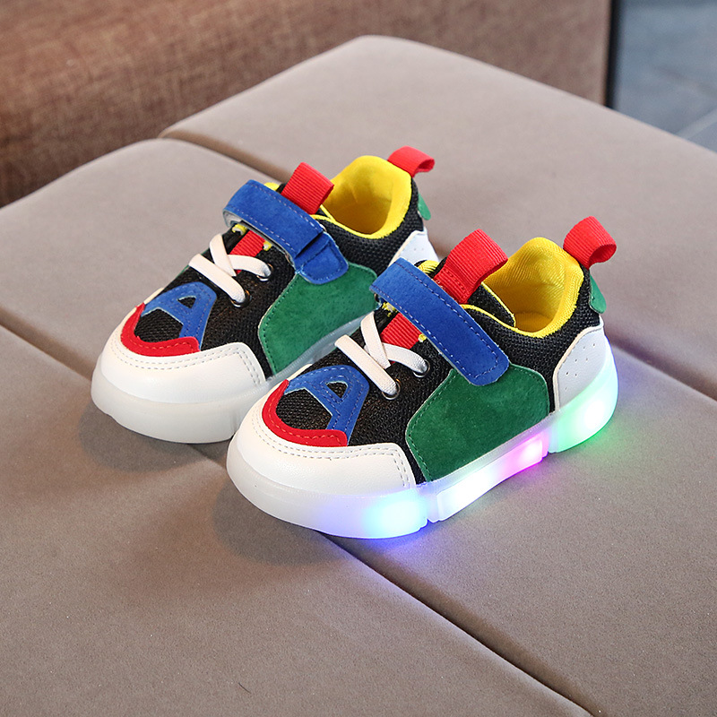 все цены на Fashion colorful lighted New brand children sneakers European Spring/Autumn kids shoes footwear sports girls boys shoes онлайн