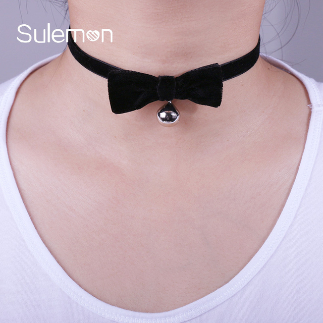 Black Velvet Bow tie Bell Choker Necklace Fashion Ribbon Bells Pendant  Chokers Necklaces Women Girl Modern Sexy Jewelry CN17 3be1fb0f8