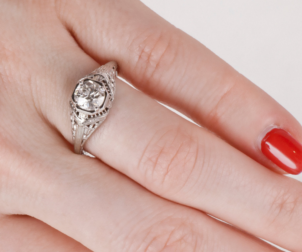 Simffvn 0.9CT Round Cut White Topaz Ring For Women 925 Sterling ...