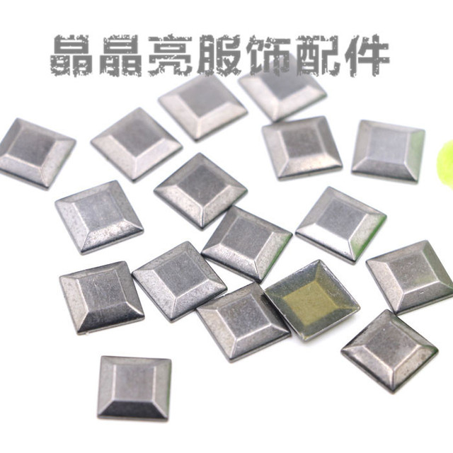 Hot sale 200 PÇS/LOTE Tachas De Metal Hot fix rhinestones10 * 10mm Forma Quadrada anti-lasca para a roupa/sapatos/telefone de boa qualidade