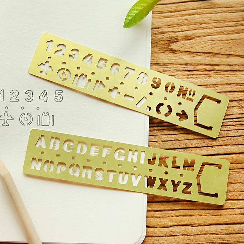(2pcs/set)Multifunctional Vintage Metal Bookmark Ruler Set Drawing Template Hollow Straight School Stationery