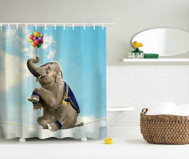 Tende Vasca Da Bagno In Tessuto.Us 22 89 Divertente Elefante Giraffa Pantofole 3d Tende Da Doccia Tessuto In Poliestere Vasca Da Bagno Tende Cortinas Impermeabile Ganci 2017
