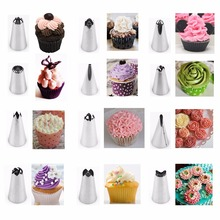 14Pcs/Set Russian Icing Piping Tips Silicone Icing Piping Cream Pastry Bag Stainless Steel Nozzle Set DIY Cake Decorating Tips