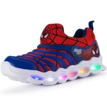 Summer and autumn children's shoes LED light children's net shoes sports shoes comfortable breathable bright light shoes
