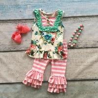 卸売バルク夏赤ちゃん女の子outiftsフローラルストライプ服ブティック衣装フリルカプリパンツセットでマッチングアクセサリー